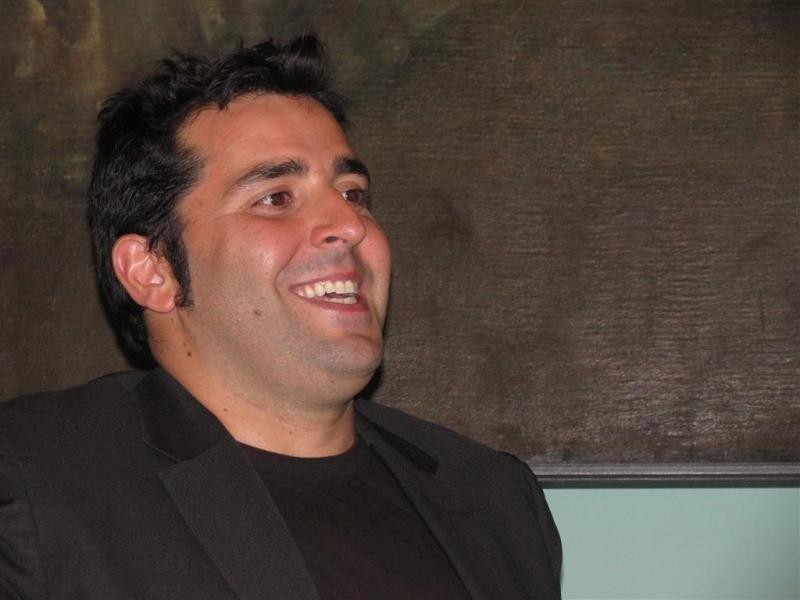 Federico Perrotta in un momento della conferenza stampa